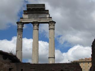 Il tempio dei Dioscuri o tempio dei Càstori nel Foro Romano
