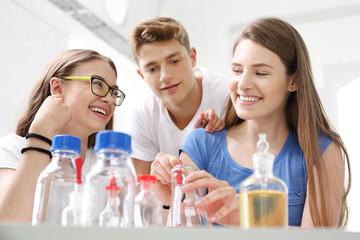 Fototapeta Laboratorium chemiczne w szkole obraz