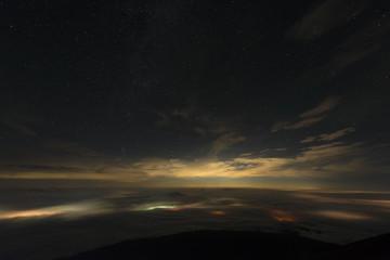 雲海と星空 富士山麓
