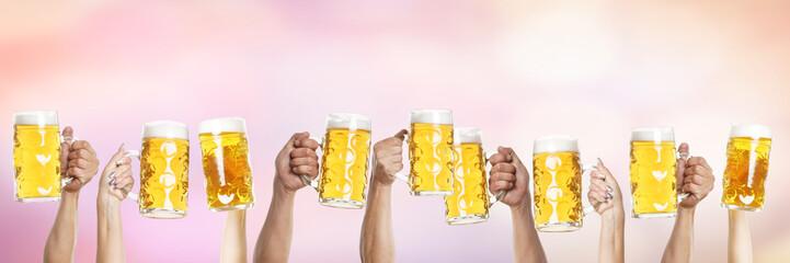 Bier Hände Oktoberfest