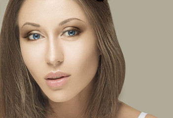 Beauty Woman face Portrait. Beautiful Spa model Girl with Perfec
