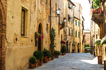 A street of Pienza, Italy Wall mural
