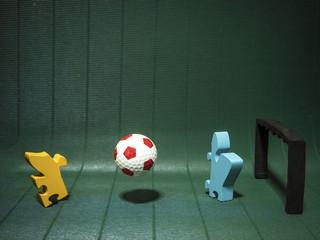 Jigsaw play soccer