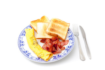 bacon with eggs whit knife and fork