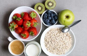 Fototapeta Zdrowe śniadanie na szarym tle