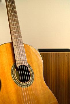 Cajon and sharp focused guitar