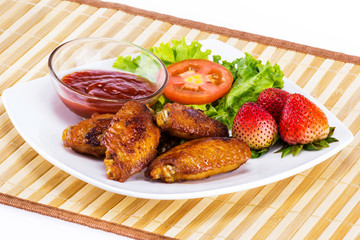 Fried chicken with fresh vegetable