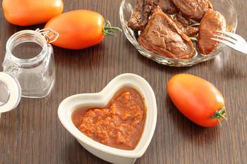 Dried tomatoes sauce
