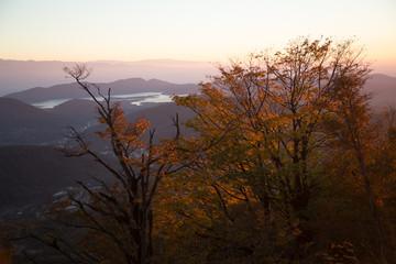Закат осенью