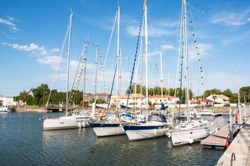 Marans, le port fluvial, centre ville, Charente maritime, Poitou Charentes
