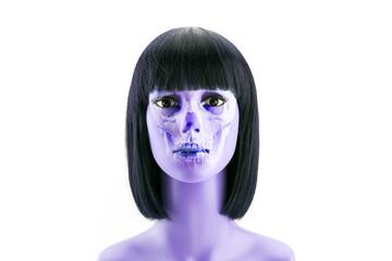 Female zombie, mannequin head fake
