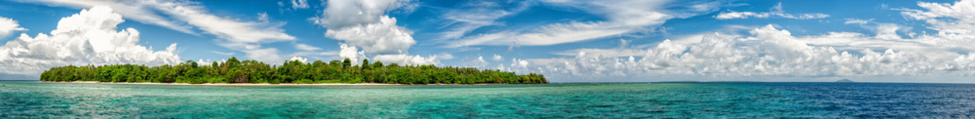 Indonesia Siladen island turquoise tropical paradise view