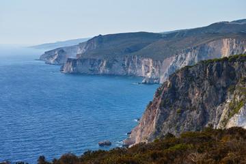 Zakynthos/Griechenland - zerklüftete Westküste bei Keri