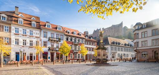 Fotomurales - Heidelberg Kornmarkt Panorama im Herbst