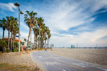 Bike path along the beach in Venice Beach, Los Angeles, Californ