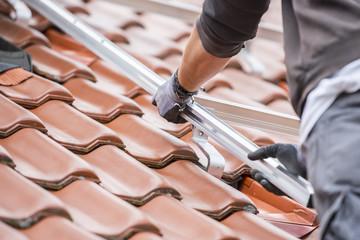 Solardach - Schienen anbringen