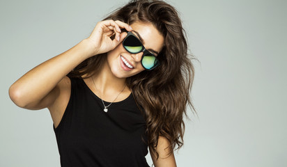 Young smiling woman wear sunglasses