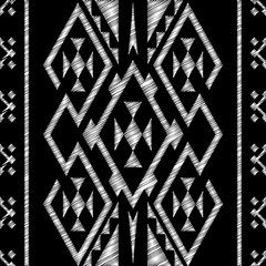 Chalkboard doodle Tribal Aztec Seamless Pattern. Geometric Vecto