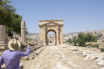 Jerash with tourist guide