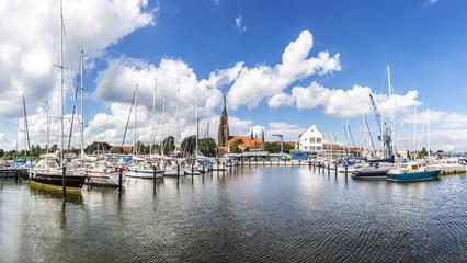 Panorama von der Marina im Hafen von Schleswig