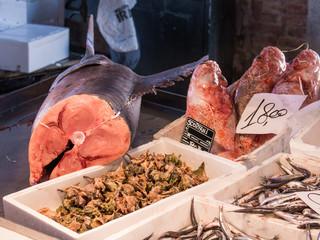 Venise marché aux poissons du rialto