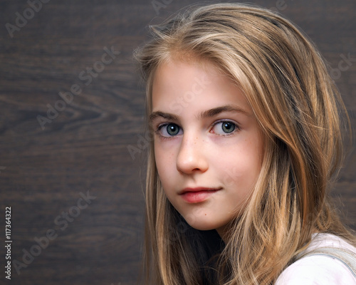 teen face Young girl