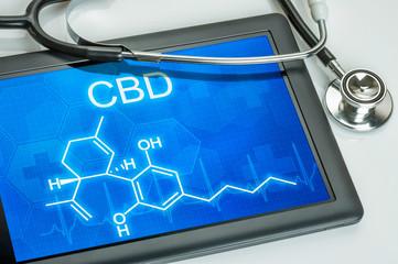 Tablet mit der chemischen Strukturformel von CBD