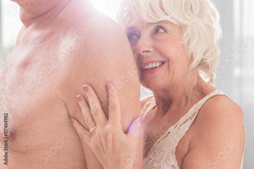 pictures of older nude women  229347