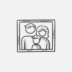 Family photo sketch icon.