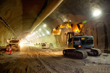 Concrete Road Tunnel Construction Excavator