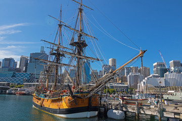 Tall Ship HMB Endeavour mooring in front of the Australian National Maritime Museum, Darling Harbour in Sydney, Australia
