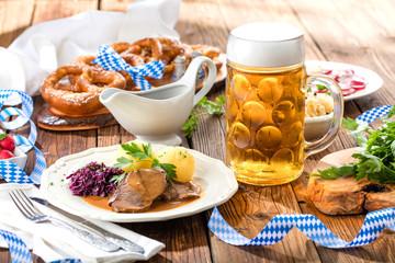 Bayerische Schweinebraten (oktoberfest)