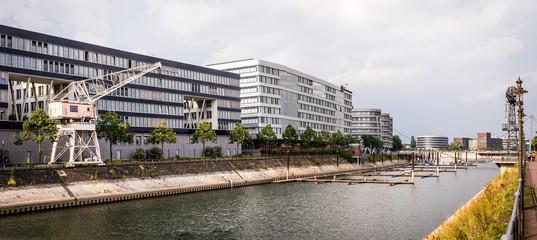 Fond de hotte en verre imprimé Port Panorama Innenhafen Duisburg