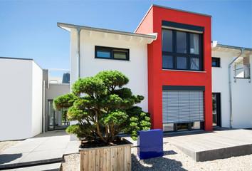 Neubau in modernem Baustil