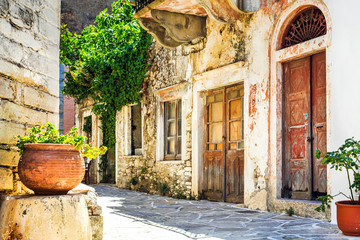 charming narrow streets of traditional greek villages - Naxos island Fototapete