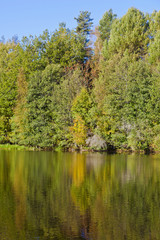 Autumn colors in the lake