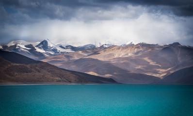 A holy lake, Yamdrok, in Gyantse, Tibet Wall mural