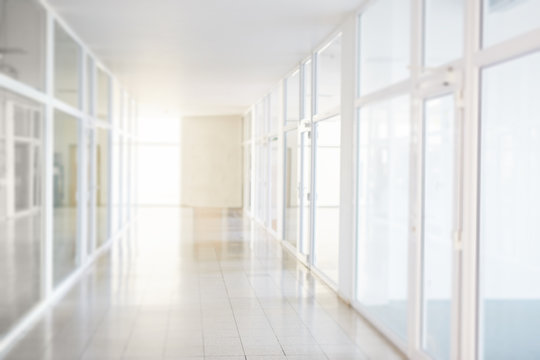 Blurry corridor in the business center