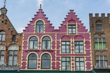Wall Murals Bridges Traditionelle flämische Architektur in Brügge
