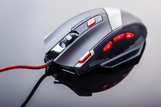 Gaming mouse with red buttons