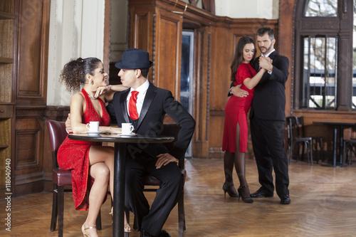 Tango dating free