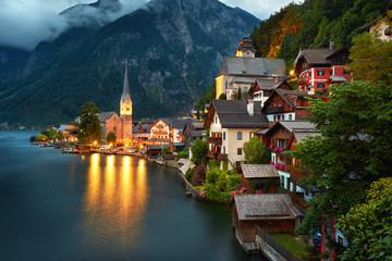 Hallstatt Village Austria . Hallstatt at Night Fototapete