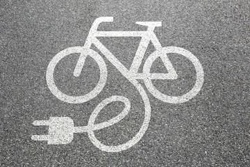 E-Bike Ebike E Bike Pedelec elektro Fahrrad fahren Rad Stadt Umw