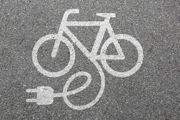 E-Bike Ebike E Bike Pedelec elektro Fahrrad fahren Rad Umwelt um