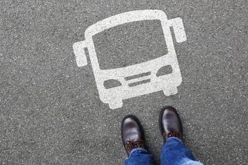 Mann Mensch Bus Autobus Fernbus Linienbus Verkehr Stadt Mobilit