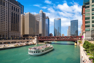 Photo sur Toile Chicago The Chicago River and downtwn Chicago skylinechicago, river, lak