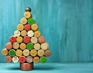 Winemaker's Christmas Cocnept: Handmade Christmas Tree of Corks