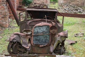 Ruine de voiture