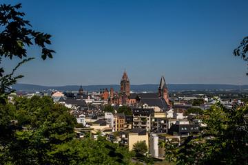 Blick über die Dächer von Mainz auf den Dom