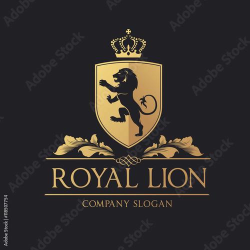 royal lion logo. lion logo. hotel logo. vector logo template